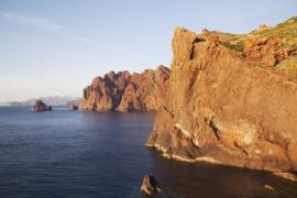 Falaises à la Punta Muchillina - © M. Cristofani / Coeurs de nature / SIPA