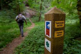 Balisage dans la réserve - © R. Meigneux / Coeurs de nature / SIPA
