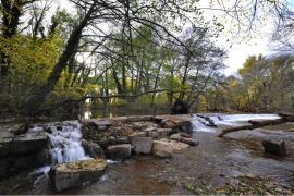 L'ancienne scierie et son barrage sur l'Aille - © V. Damourette / Coeurs de nature / SIPA