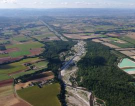 Vue aérienne du site - © RN Ramières du val de Drôme