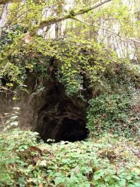 Entrée de la grotte - © CPEPESC