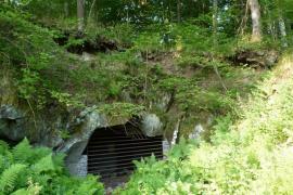 Un des 3 gîtes, la grotte de l'Ours - © J.-J. Lallemant / LPO