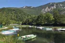 Port d'Aiguebelette-le-lac - © F. Pépellin / Wikipédia